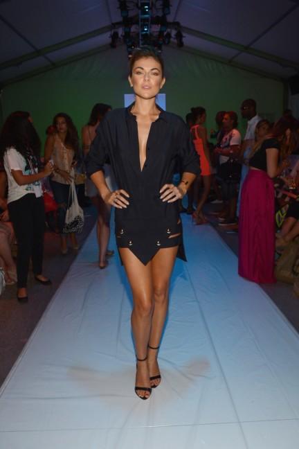 6-shore-road-mercedes-benz-fashion-week-miami-swim-2015-front-row-7