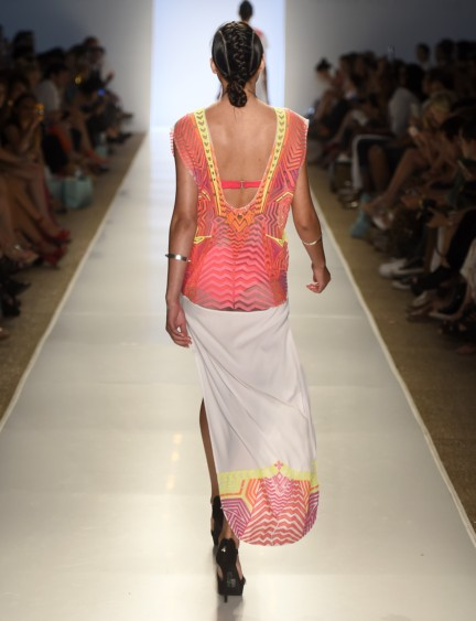 6-shore-road-mercedes-benz-fashion-week-miami-swim-2015-runway-43
