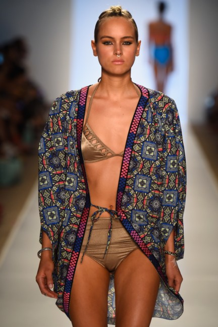 6-shore-road-mercedes-benz-fashion-week-miami-swim-2015-runway-80