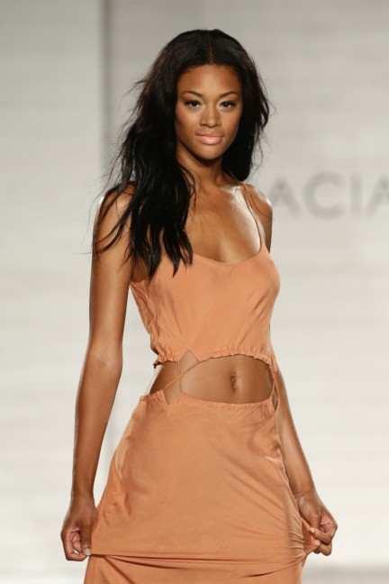 acacia-mercedes-benz-fashion-week-miami-swim-2015-runway-images-38