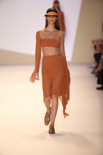 akris-paris-fashion-week-spring-summer-2015-runway-13