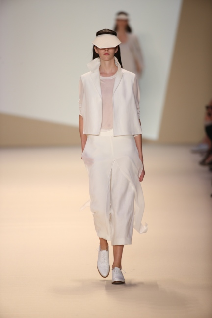 akris-paris-fashion-week-spring-summer-2015-runway-31