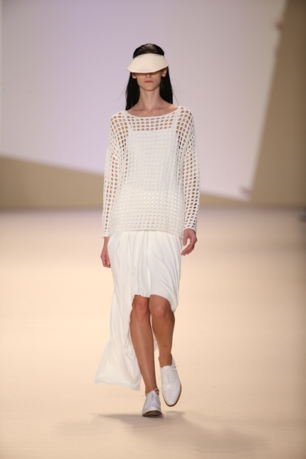 akris-paris-fashion-week-spring-summer-2015-runway-36