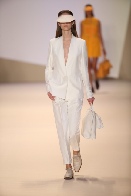 akris-paris-fashion-week-spring-summer-2015-runway-4
