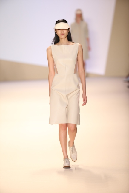 akris-paris-fashion-week-spring-summer-2015-runway-44
