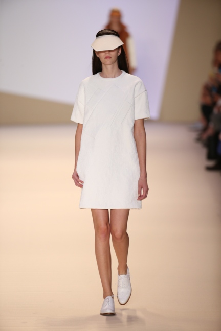 akris-paris-fashion-week-spring-summer-2015-runway-6