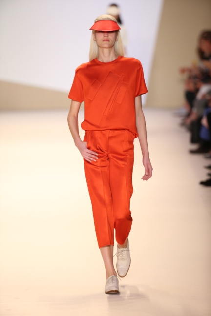 akris-paris-fashion-week-spring-summer-2015-runway-8