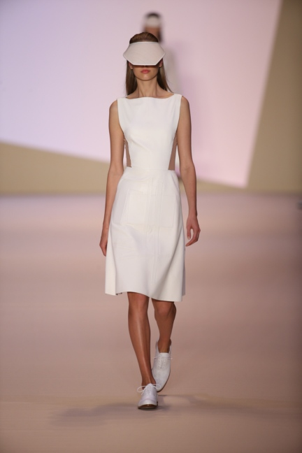 akris-paris-fashion-week-spring-summer-2015-runway
