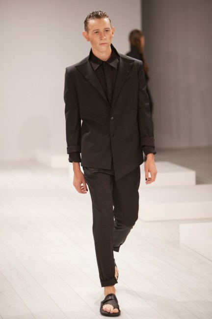 aleks-kurkowski-mercedes-benz-fashion-week-berlin-spring-summer-2015-15