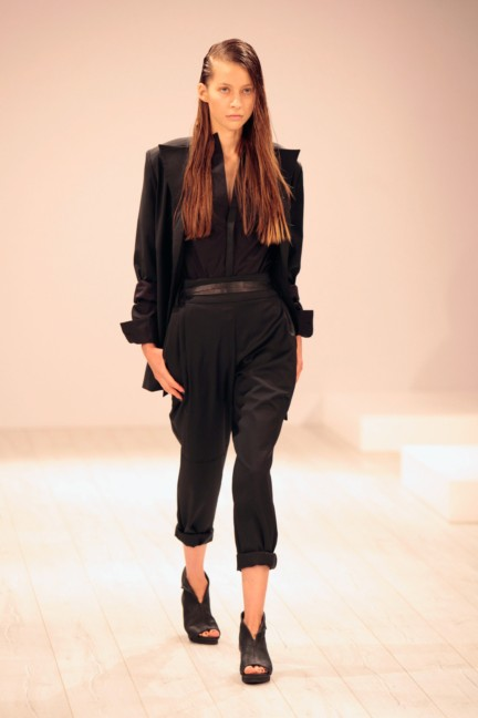 aleks-kurkowski-mercedes-benz-fashion-week-berlin-spring-summer-2015-2