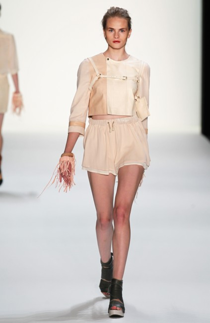 ss-2014_fashion-week-berlin_de_anne-gorke_36286