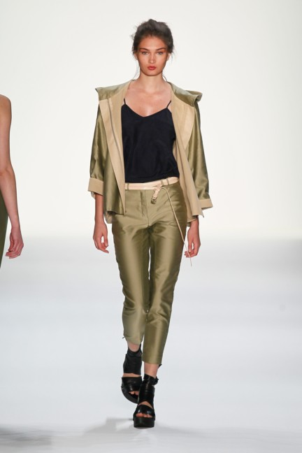 ss-2014_fashion-week-berlin_de_anne-gorke_36288