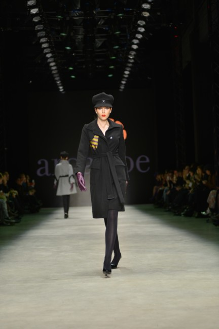 aw-2013_mercedes-benz-fashion-week-istanbul_tr_argande_33445