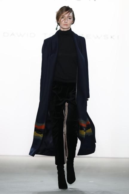 aw-2017_fashion-week-berlin_de_0003_dawid-tomaszewski-x-patrizia-aryton_70765