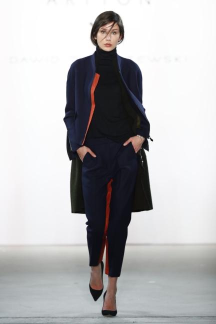 aw-2017_fashion-week-berlin_de_0005_dawid-tomaszewski-x-patrizia-aryton_70763