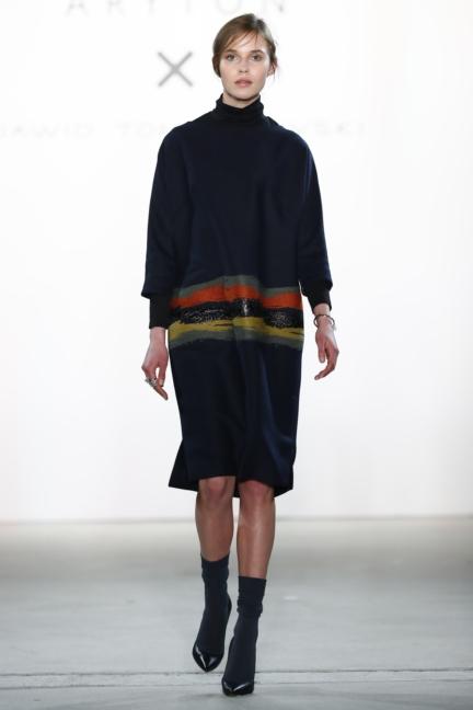 aw-2017_fashion-week-berlin_de_0009_dawid-tomaszewski-x-patrizia-aryton_70759