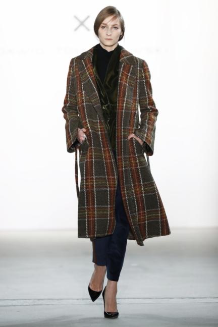 aw-2017_fashion-week-berlin_de_0010_dawid-tomaszewski-x-patrizia-aryton_70758