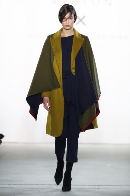 aw-2017_fashion-week-berlin_de_0011_dawid-tomaszewski-x-patrizia-aryton_70757