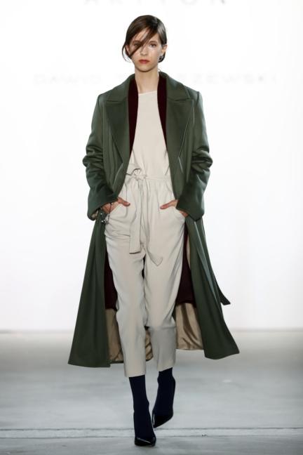 aw-2017_fashion-week-berlin_de_0012_dawid-tomaszewski-x-patrizia-aryton_70756