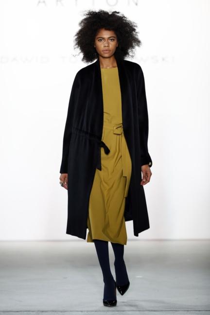 aw-2017_fashion-week-berlin_de_0013_dawid-tomaszewski-x-patrizia-aryton_70755