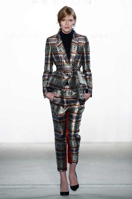 aw-2017_fashion-week-berlin_de_0014_dawid-tomaszewski-x-patrizia-aryton_70754