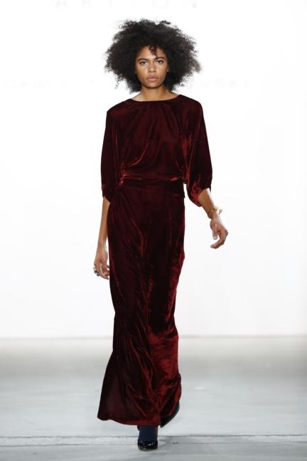 aw-2017_fashion-week-berlin_de_0024_dawid-tomaszewski-x-patrizia-aryton_70744