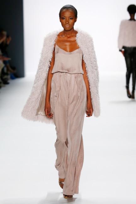 aw-2016_mercedes-benz-fashion-week-berlin_de_0011_dimitri_62147