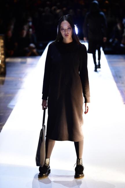 aw-2017_fashion-week-berlin_de_0002_esther-perbandt_69745