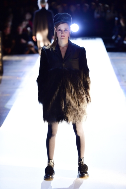aw-2017_fashion-week-berlin_de_0004_esther-perbandt_69743