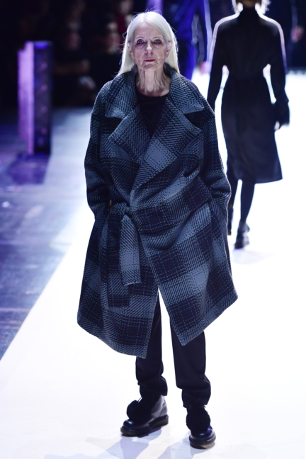 aw-2017_fashion-week-berlin_de_0016_esther-perbandt_69731
