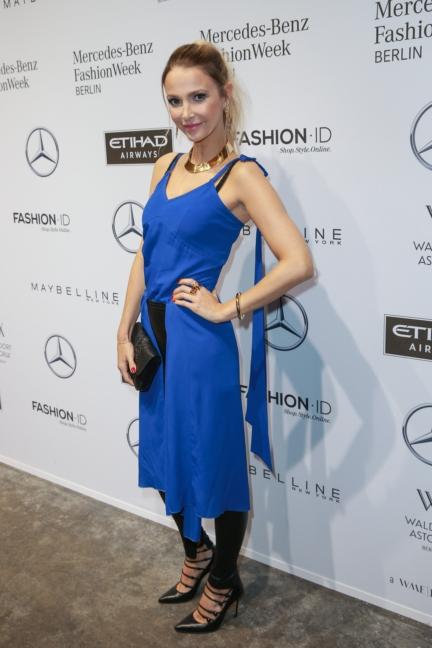 aw-2017_fashion-week-berlin_de_0047_sophie-hermann_69827