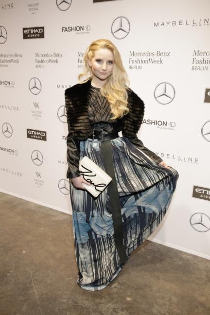 aw-2017_fashion-week-berlin_de_0070_anna-hiltrop_70022