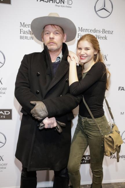 aw-2017_fashion-week-berlin_de_0095_ben-becker-tochter-lilith_70936