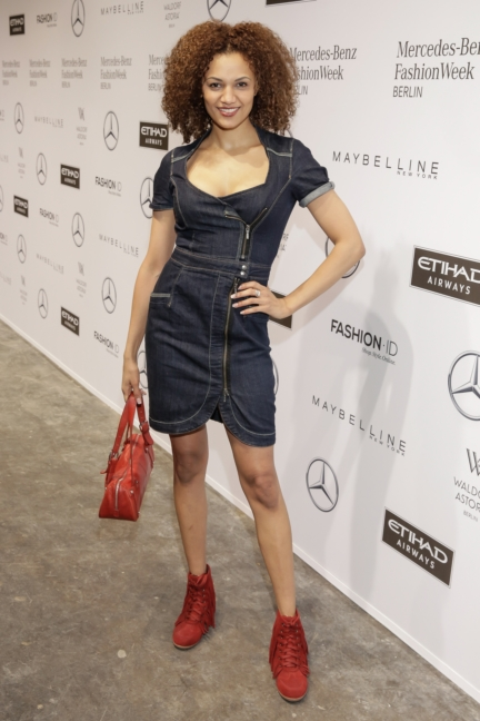 aw-2017_fashion-week-berlin_de_0129_francisca-urio_69402