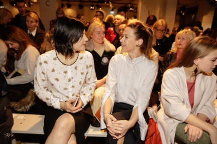 aw-2017_fashion-week-berlin_de_0150_jasmin-tabatabai-alexandra-neldel_69352