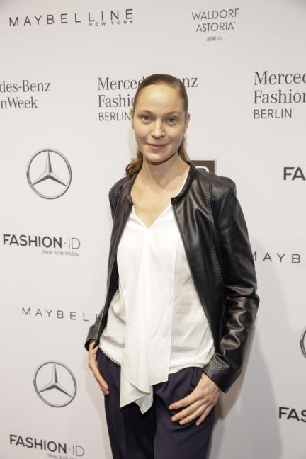 aw-2017_fashion-week-berlin_de_0151_jeanette-hain_70201