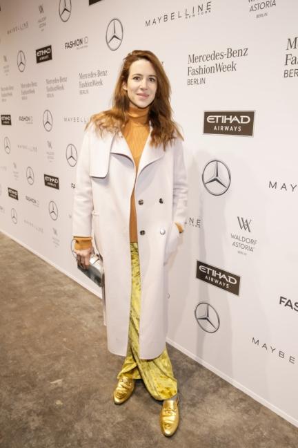 aw-2017_fashion-week-berlin_de_0172_julia-malik_69377