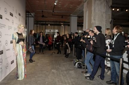 aw-2017_fashion-week-berlin_de_0185_kim-hnizdo_70017