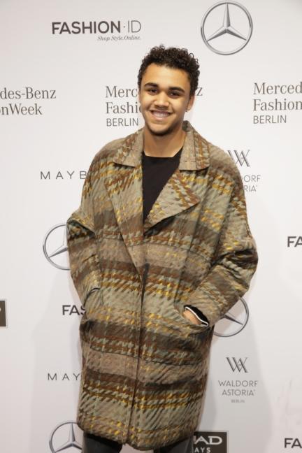 aw-2017_fashion-week-berlin_de_0188_langston-uibel_70658