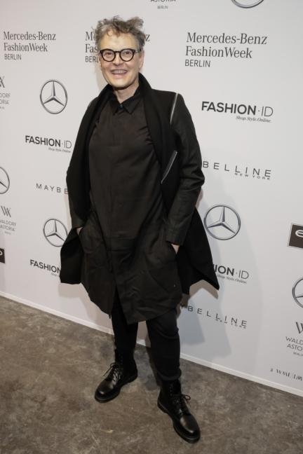 aw-2017_fashion-week-berlin_de_0236_rolf-scheider_69416