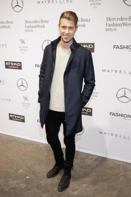 aw-2017_fashion-week-berlin_de_0244_sebastian-schweitzer_70938