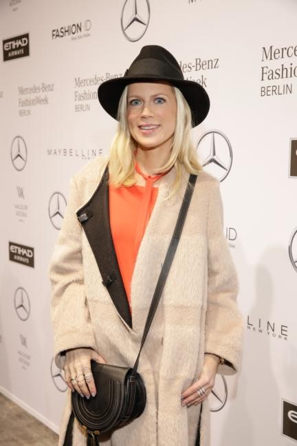 aw-2017_fashion-week-berlin_de_0260_tamara-grafin-von-nayhauss_69376