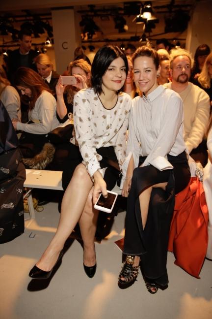 aw-2017_fashion-week-berlin_de_0303_jasmin-tabatabai-alexandra-neldel_69351
