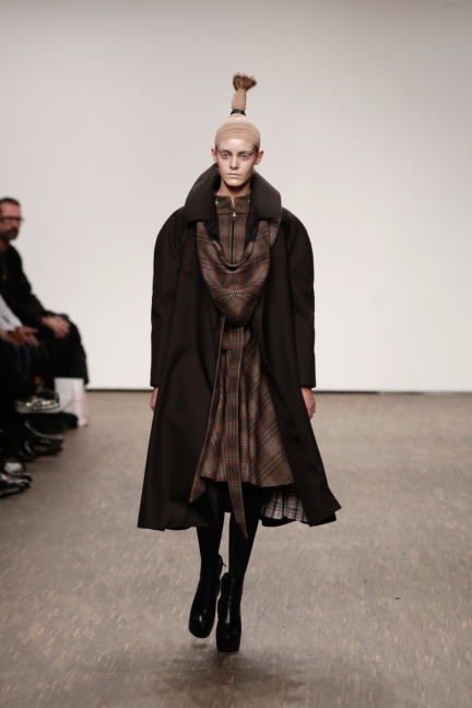 aw-2016_mercedes-benz-fashion-week-berlin_de_0021_i-vr-isabel-vollrath_61581