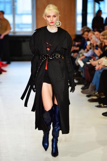 aw-2017_fashion-week-berlin_de_0003_julia-seemann_70529