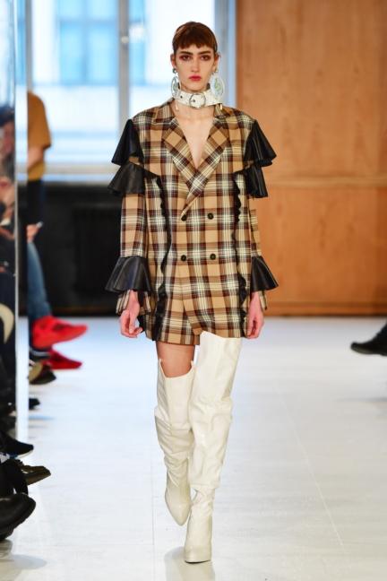 aw-2017_fashion-week-berlin_de_0017_julia-seemann_70516