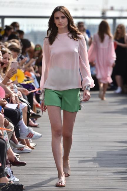 ss-2018_fashion-week-berlin_de_0015_lana-mueller_72607