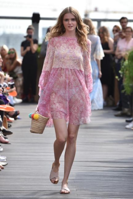 ss-2018_fashion-week-berlin_de_0020_lana-mueller_72602
