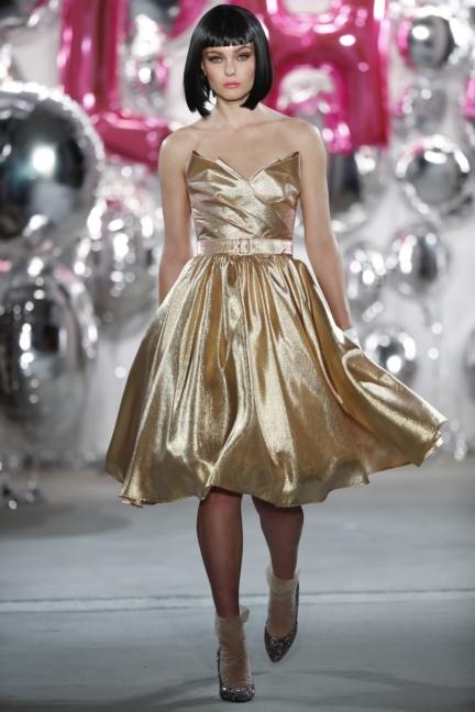 aw-2017_fashion-week-berlin_de_0001_lena-hoschek_69600