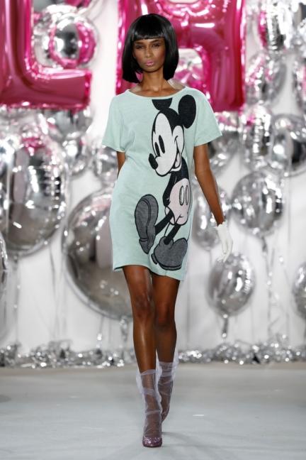 aw-2017_fashion-week-berlin_de_0016_lena-hoschek_69585
